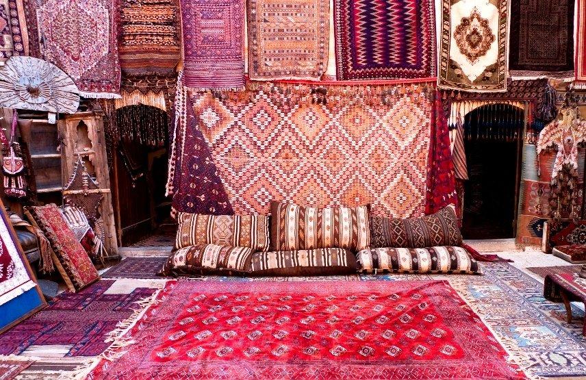 Касса нужна торговцам ковров