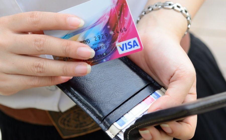 Привязать банковскую карточку
