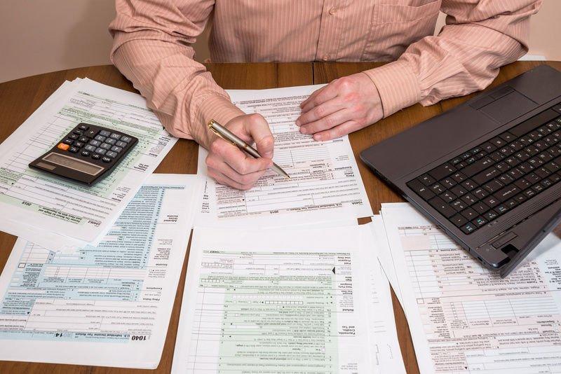 Сдавать отчеты в налоговую