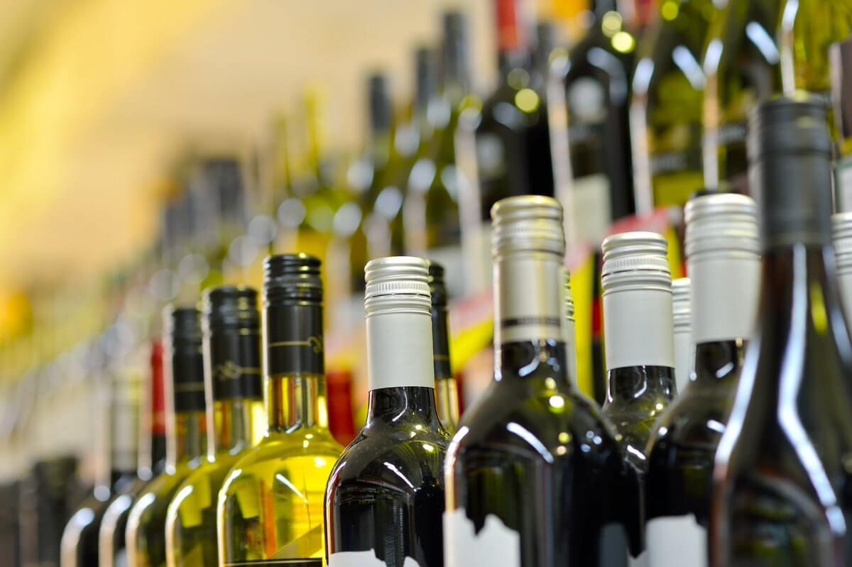 Алкогольная продукция требует кассу
