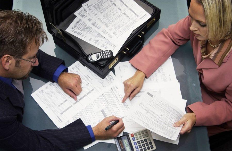 Бумаги отнести налоговикам