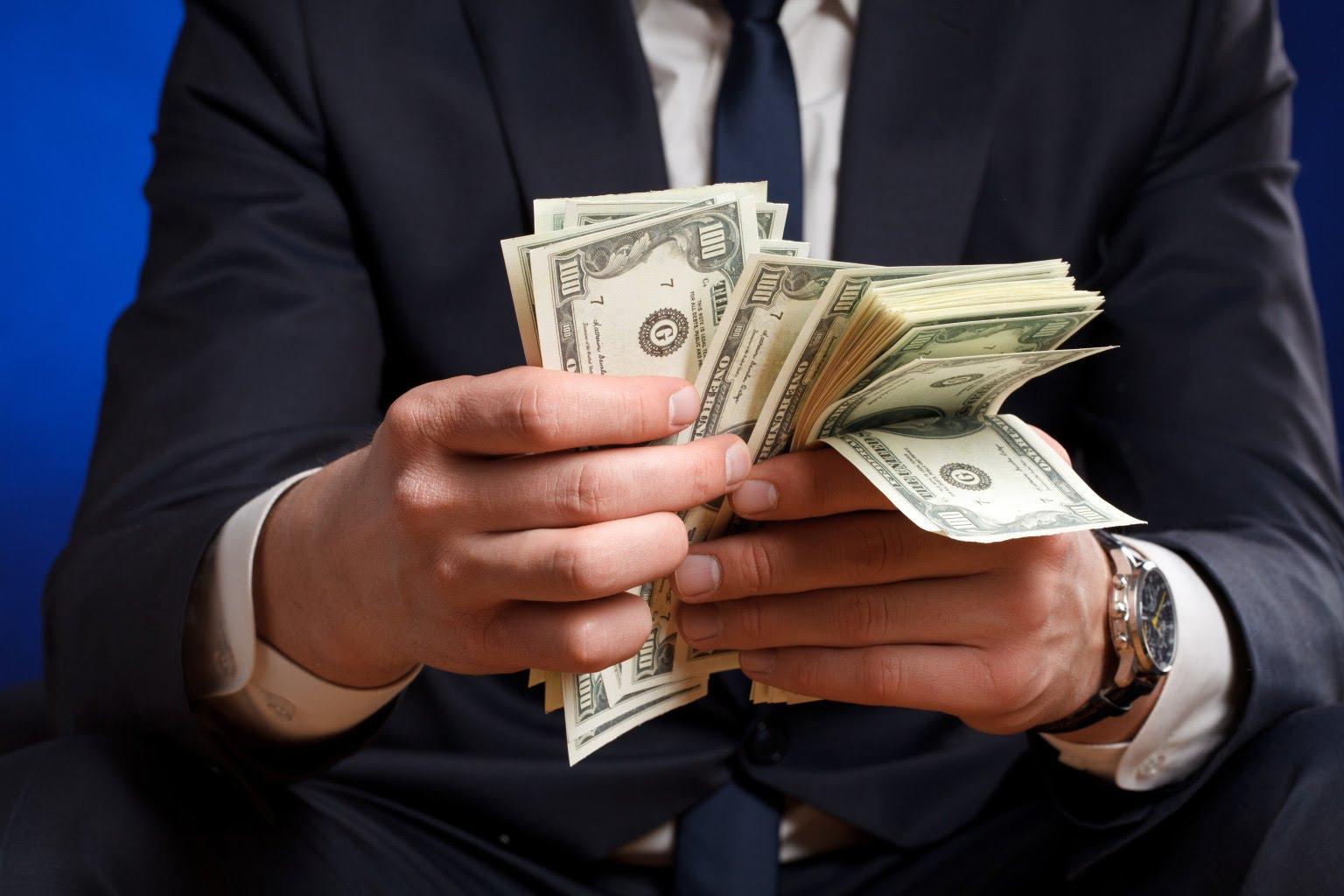 Перевести деньги самозанятому